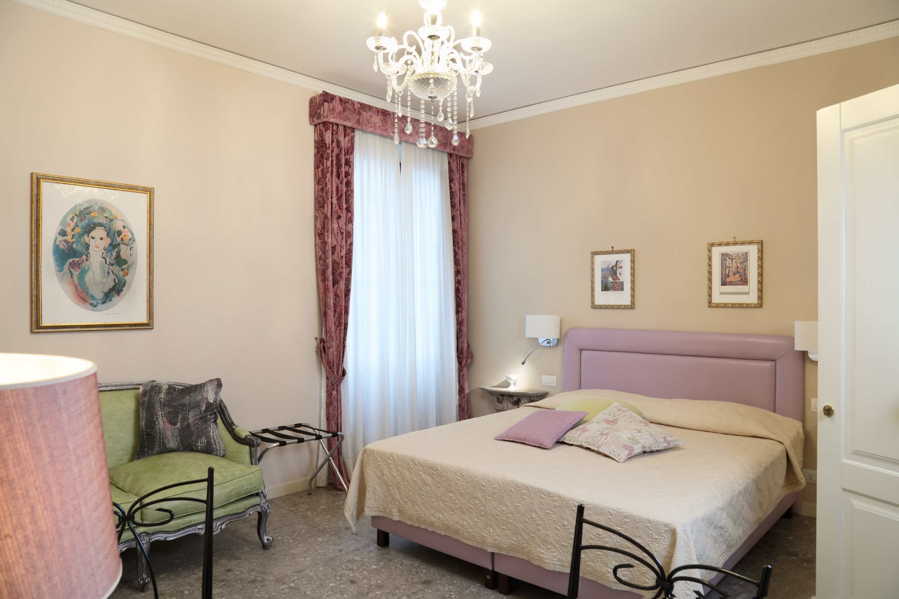 Slide Down 1 Le Mura Suite Room Taormina